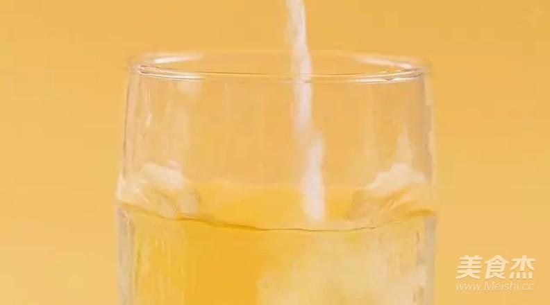 劲爽柠檬气泡水的步骤