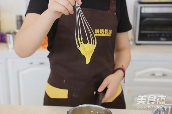 面包店必选——肉松沙拉卷怎么炒