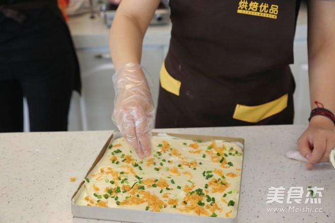 面包店必选——肉松沙拉卷怎样炒