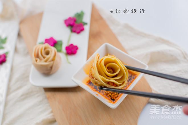 双色玫瑰花饺子的制作大全