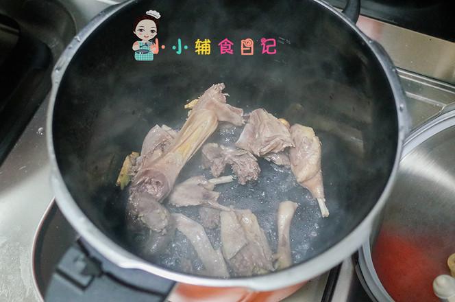36个月以上玉米蔬菜鸭汤的家常做法