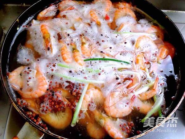 盐水煮基围虾的简单做法
