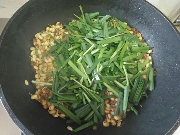 黄豆芽炒韭菜的简单做法