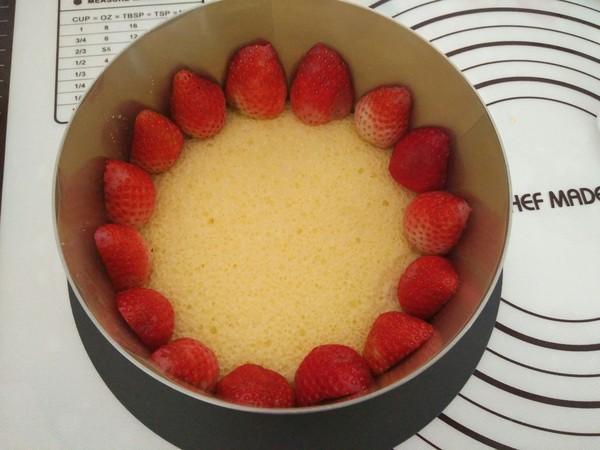 草莓酸奶慕斯的做法大全