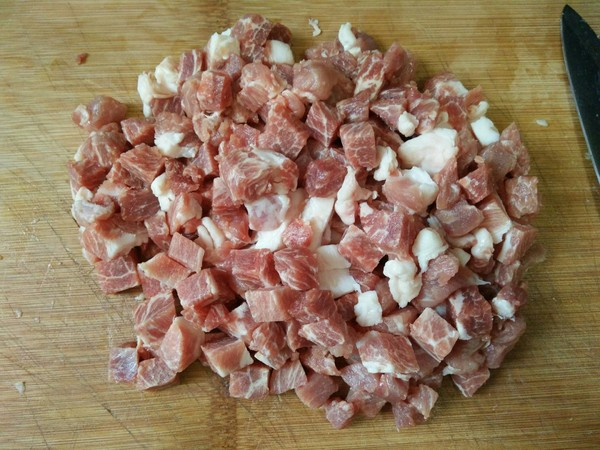 芸豆酱肉包怎么吃