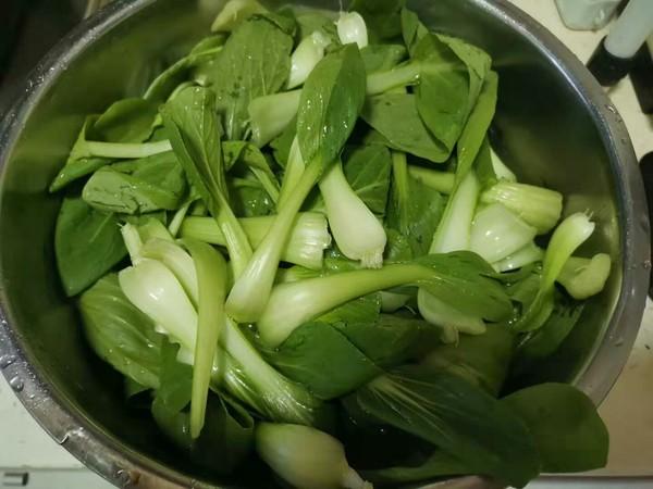 鸡腿菇炒油菜的做法图解