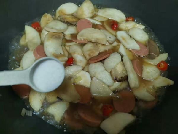 鸡腿菇炒油菜怎么吃