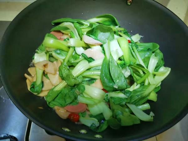 鸡腿菇炒油菜怎么做