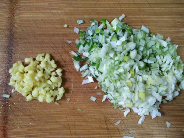 香菇白菜水饺的简单做法