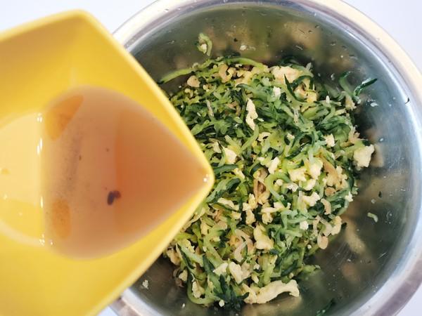 黄瓜鸡蛋水饺怎么吃