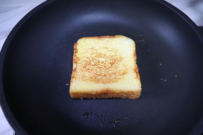 芝士厚蛋烧三明治的制作方法