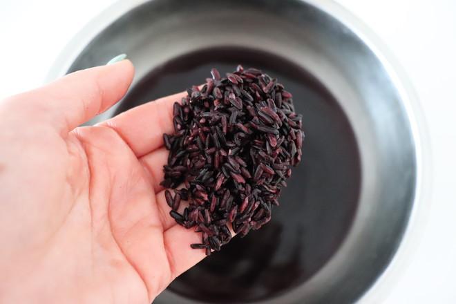 紫米大鼓面包的做法大全