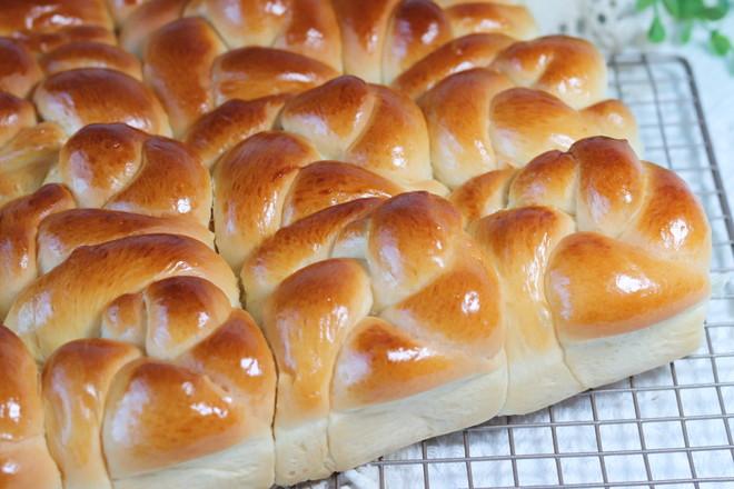 椰子油老面包成品图