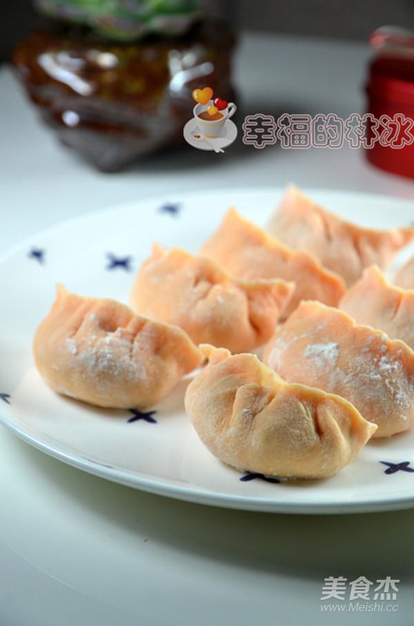 胡萝卜杂蔬饺成品图