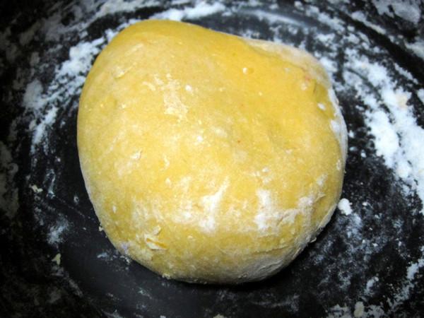 南瓜玉米馅儿饺子的步骤