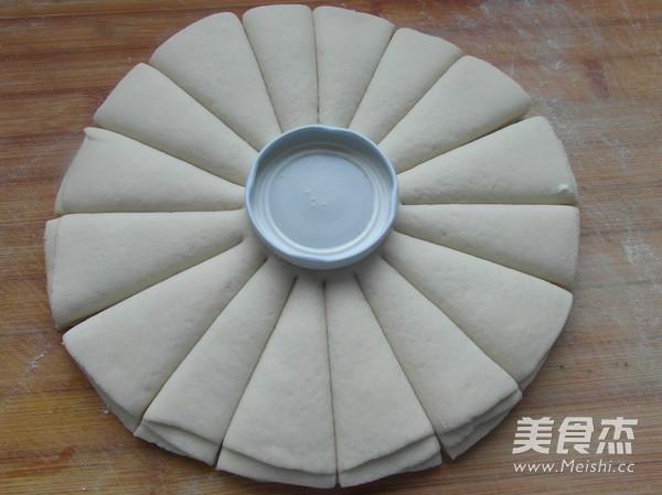扭纹花式面包怎么煮