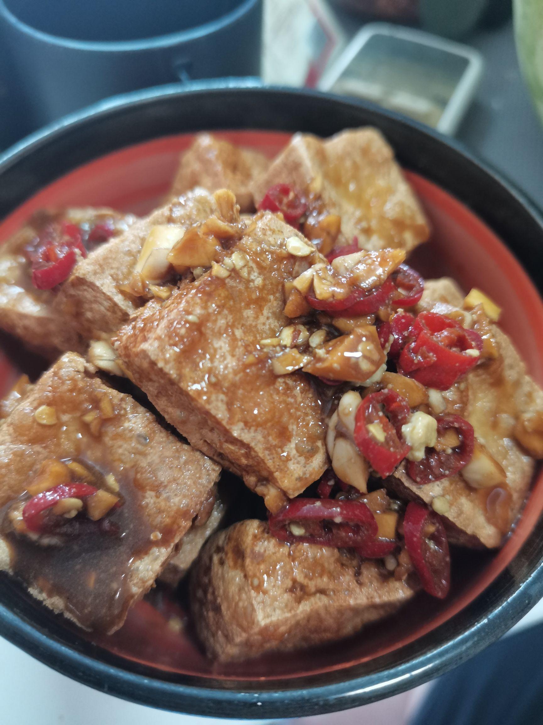 香煎臭豆腐怎么吃
