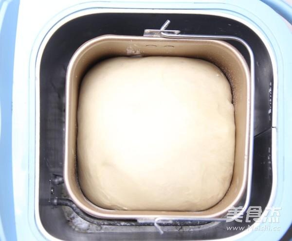 美味的肉松面包卷的简单做法