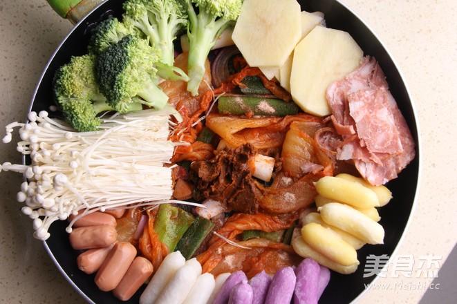 韩式年糕火锅的简单做法