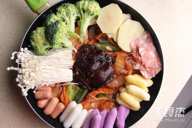 韩式年糕火锅怎么吃