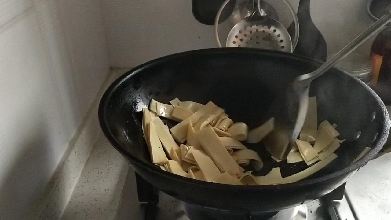 尖椒干豆腐怎么吃