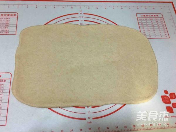 豆沙辫子面包怎么做
