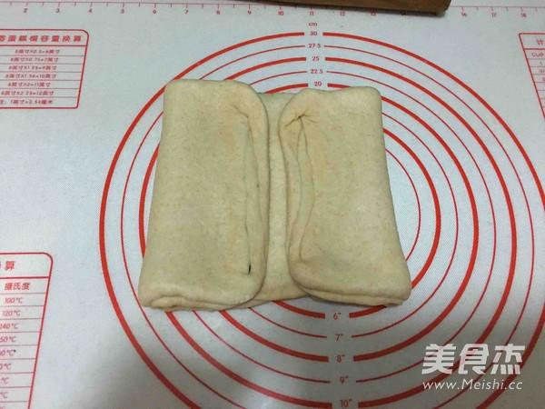 豆沙辫子面包怎样煸