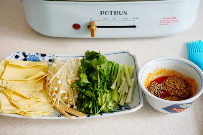 烤干豆腐卷的步骤