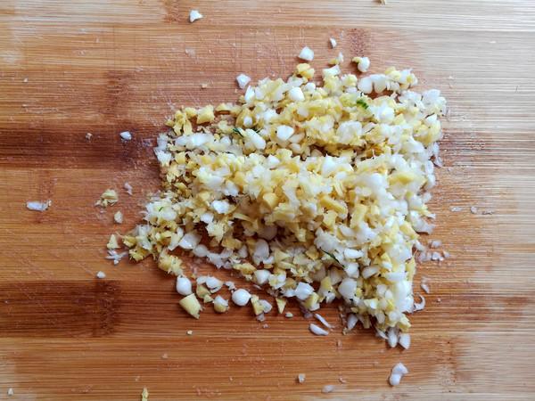 油炸糯米肉丸子怎么做