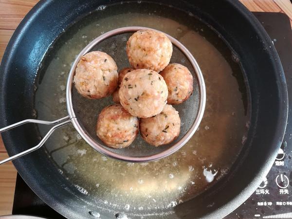 油炸糯米肉丸子怎样煮