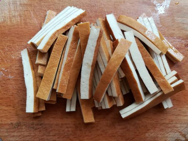 野葱肉丝炒香干的简单做法