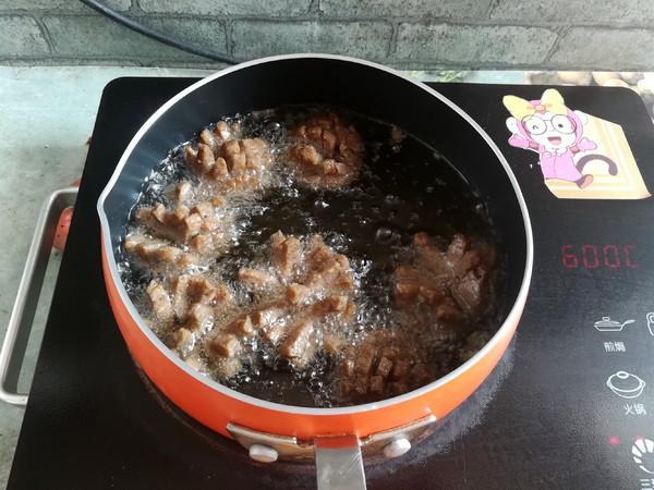 油炸牛肉丸怎么炒