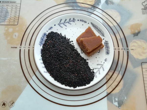 黑香米粥的做法大全