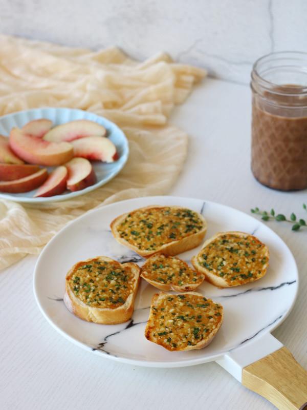 法式蒜香面包片成品图