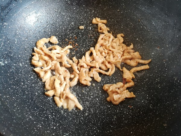 黄花菜木耳肉丝怎么煮