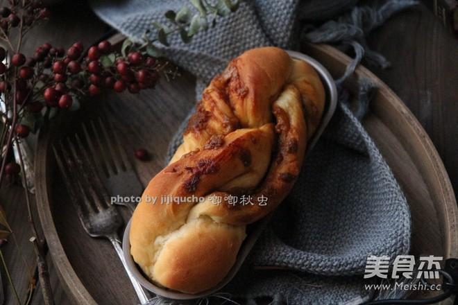 红糖花生酱香辫子面包怎样炒