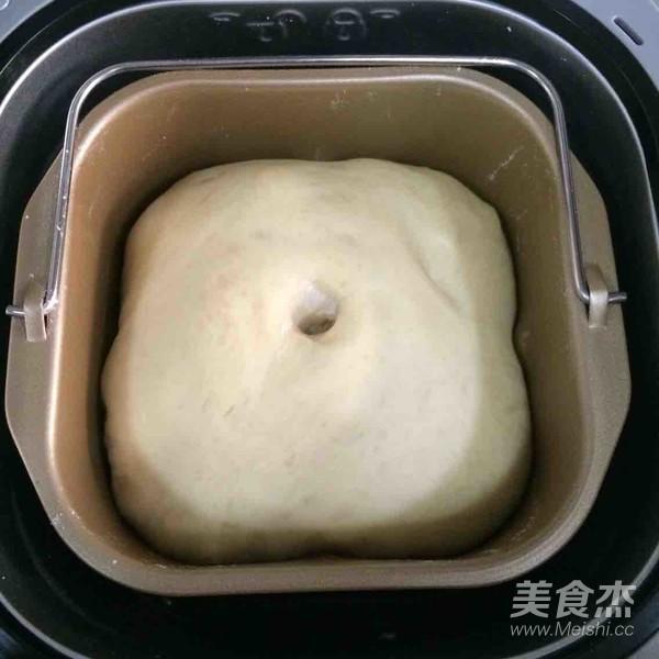 芝士熔岩面包的家常做法