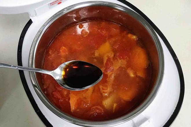 番茄土豆牛腩汤怎么煸