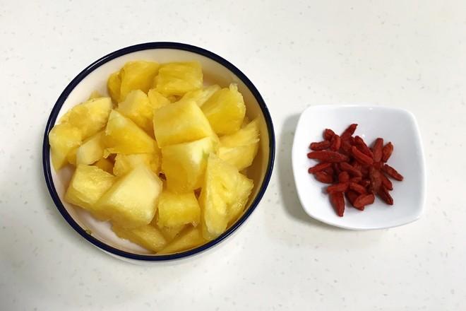 桃胶银耳凤梨甜汤的做法图解