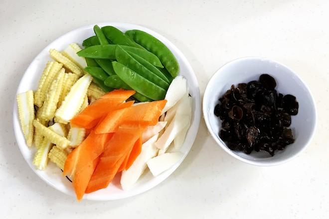 玉米笋炒时蔬的做法图解
