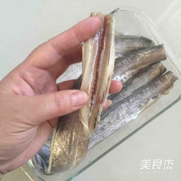黑椒烤带鱼的做法图解