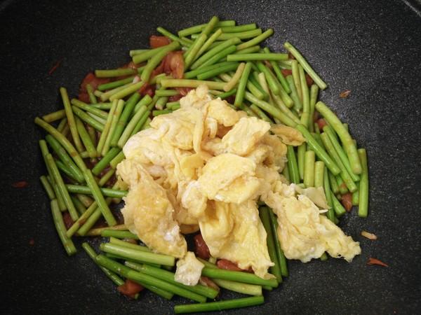 蒜苔炒鸡蛋怎么煮