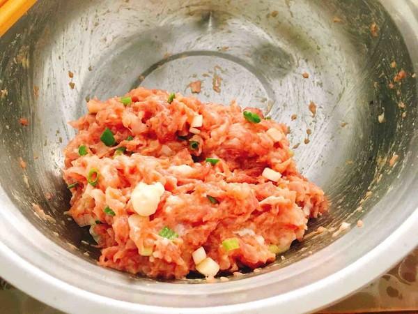 猪肉鸡蛋卷的简单做法