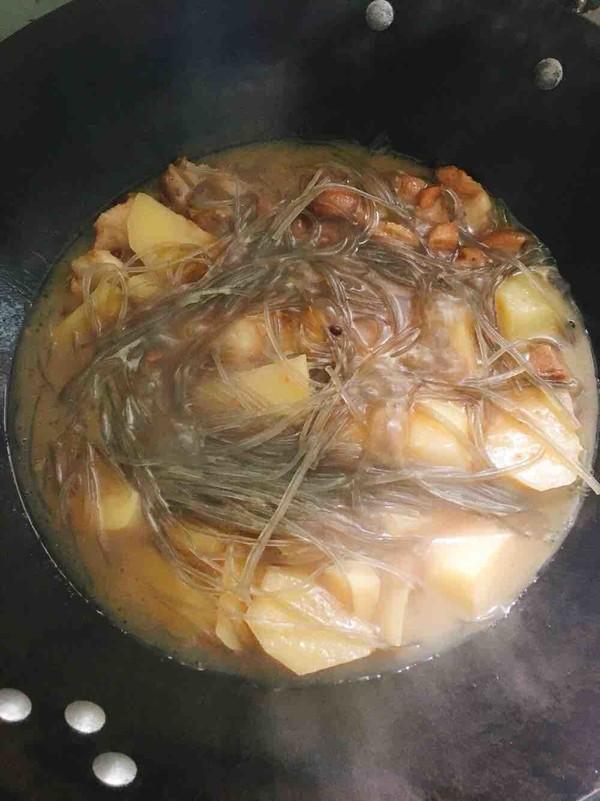 土豆猪肉炖粉条怎么煮