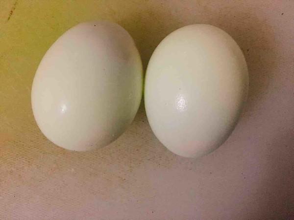 五花肉酱烧鸡蛋怎么炒