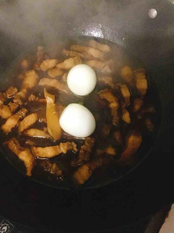 五花肉酱烧鸡蛋怎么煮