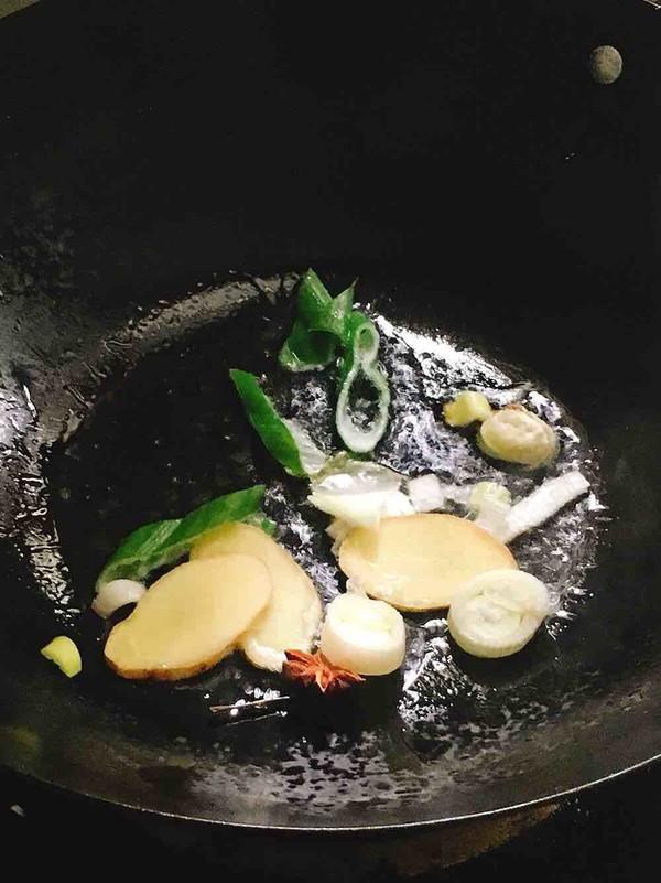 酸菜炖排骨的家常做法