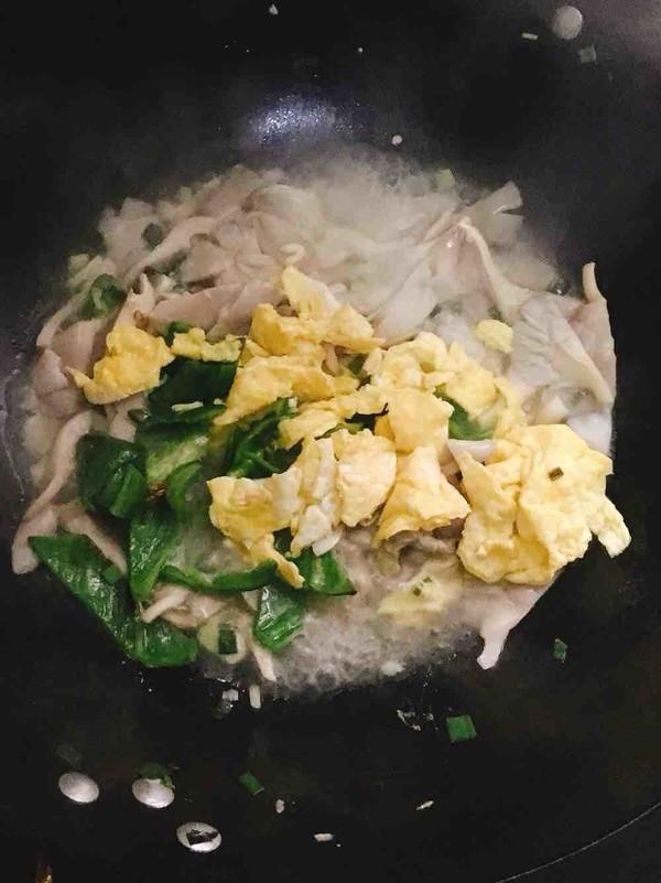 青椒平菇炒鸡蛋怎么炖