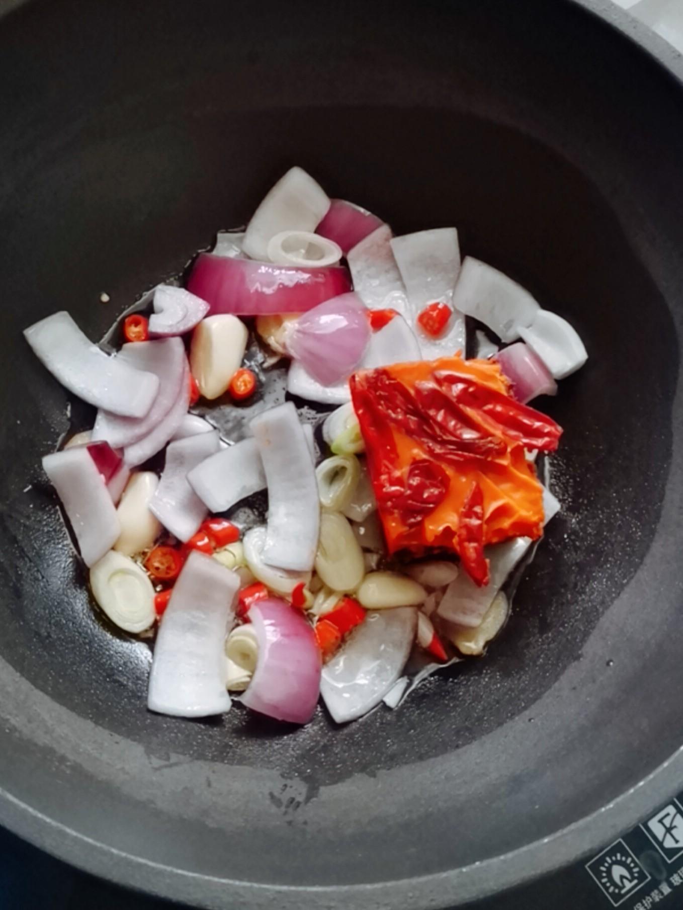 干锅小龙虾怎样煸