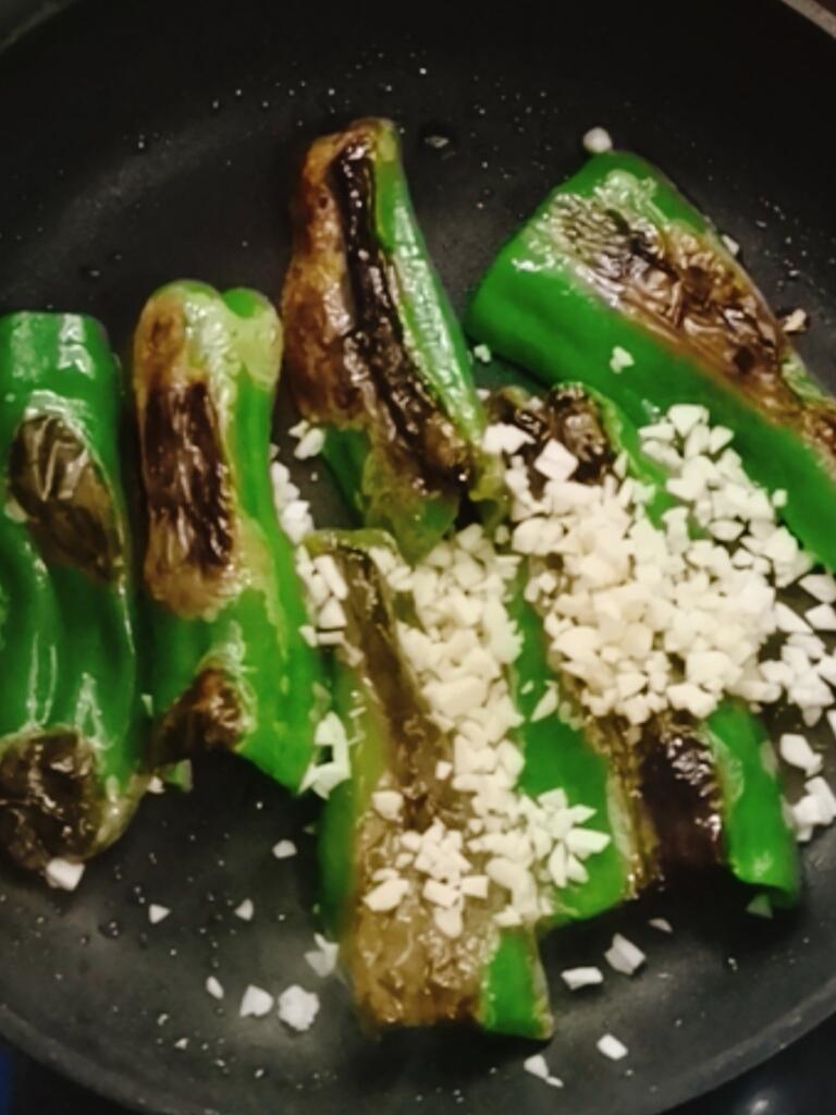虾皮虎皮青椒的简单做法